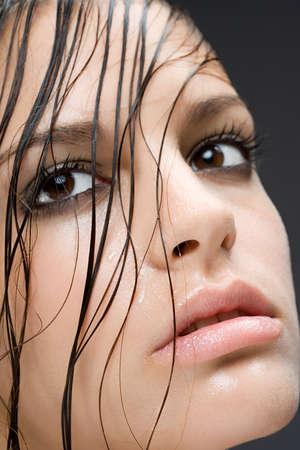Тональный крем. Маскируем дефекты кожи