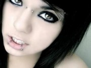 Как сделать макияж эмо?