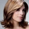 Фото укладки волос средней длины поможет выбрать лучший вариант