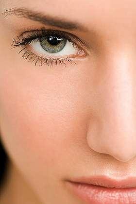татуаж глаз для блондинок: фото макияжа глаз на свадьбу, челки косые.