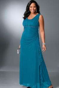 Актуальные вечерние платья для полных женщин